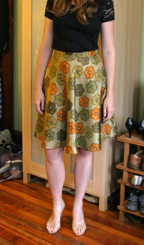 Modeling the bias cut skirt